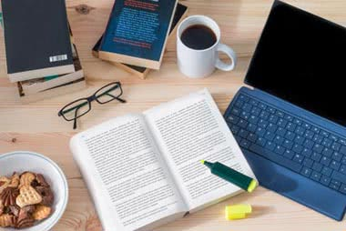 Richtig Zitieren in der Doktorarbeit mit Beispielen