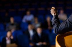 Methodik für die Bachelorarbeit Vortrag halten